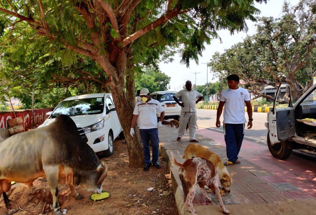 Art of Giving by Dr Achyuta Samanta during Corona LockDown